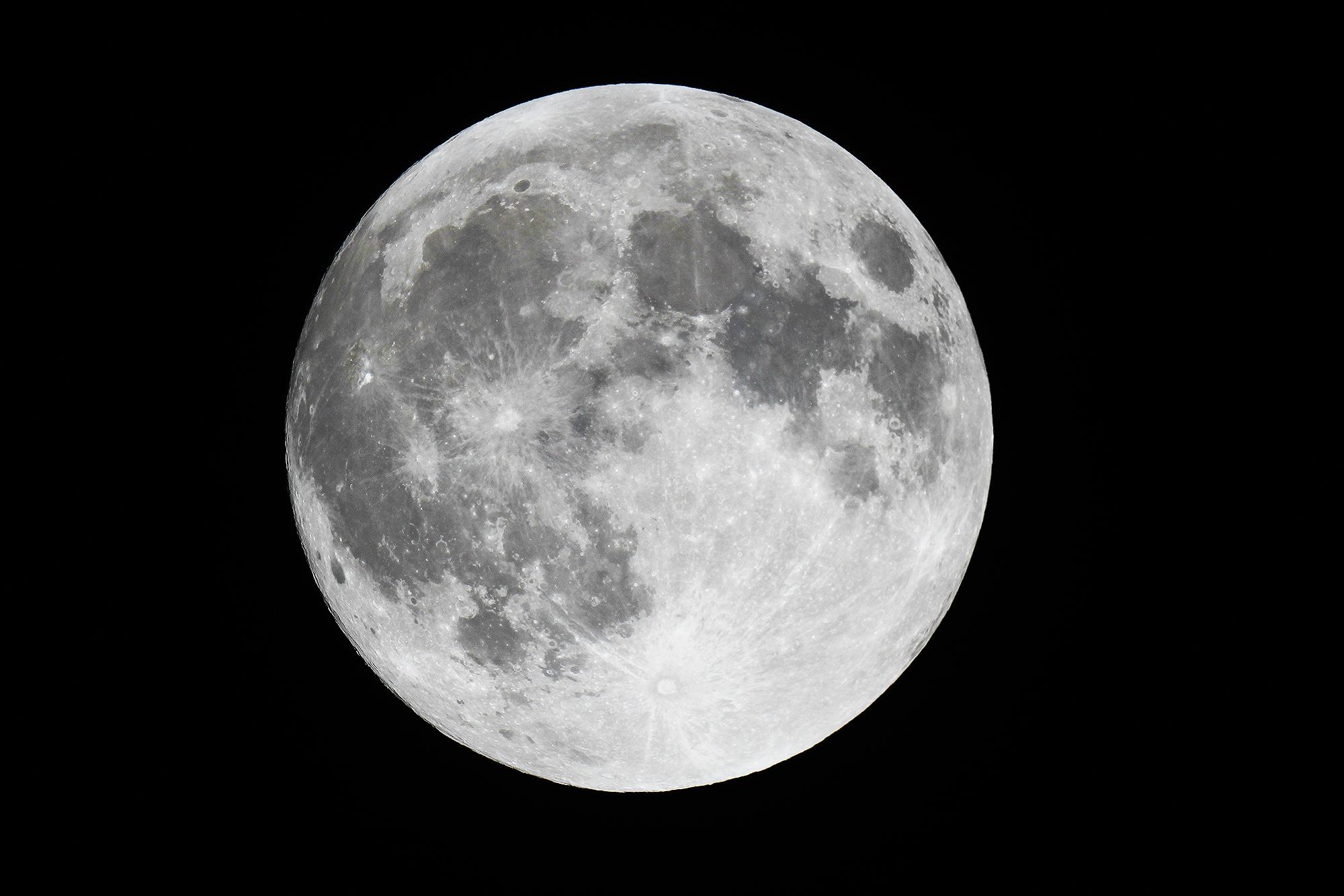 Meteo info #5 – Księżyc i Ziemia